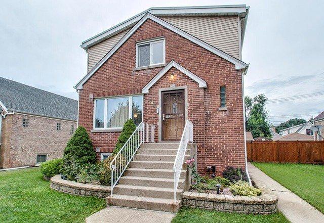 Main Photo: 5848 GUNNISON Street in CHICAGO: CHI - Jefferson Park Rentals for rent ()  : MLS®# 09037136