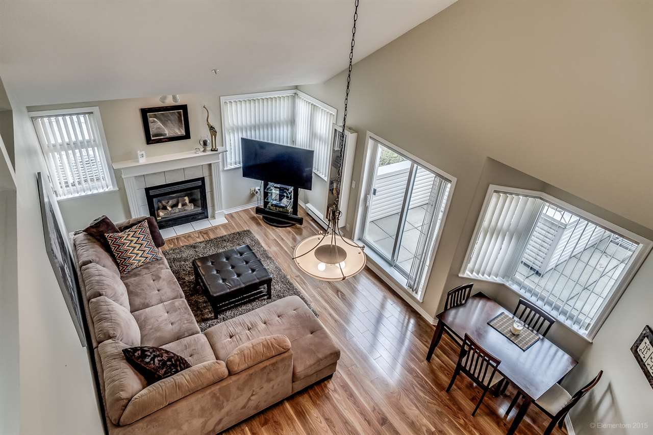 """Main Photo: 309 1999 SUFFOLK Avenue in Port Coquitlam: Glenwood PQ Condo for sale in """"KEY WEST"""" : MLS®# R2008427"""
