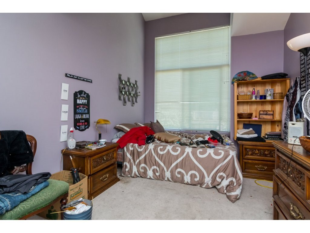 """Photo 13: Photos: 69 8892 208 Street in Langley: Walnut Grove Townhouse for sale in """"Hunter's Run"""" : MLS®# R2093333"""