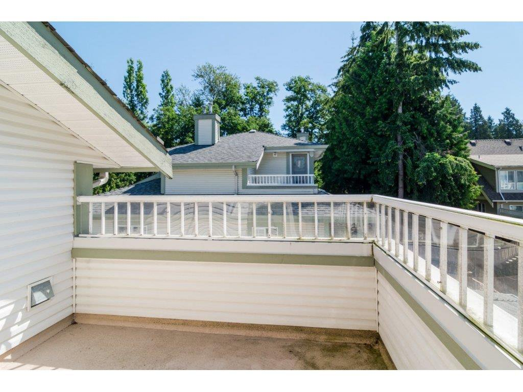 """Photo 19: Photos: 69 8892 208 Street in Langley: Walnut Grove Townhouse for sale in """"Hunter's Run"""" : MLS®# R2093333"""