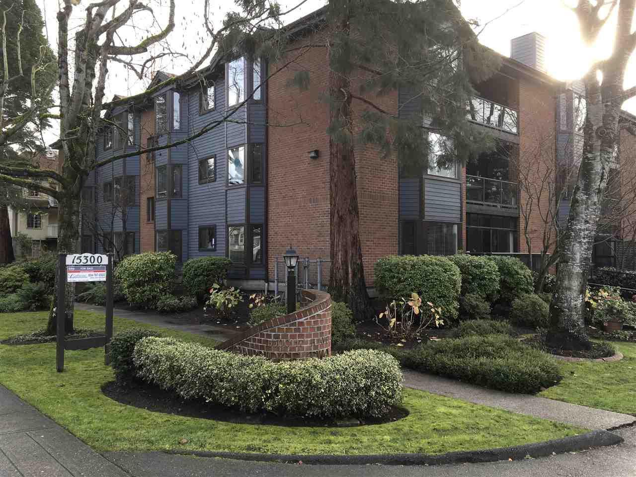 "Main Photo: 105 15300 17 Avenue in Surrey: King George Corridor Condo for sale in ""The Cambridge"" (South Surrey White Rock)  : MLS®# R2124370"