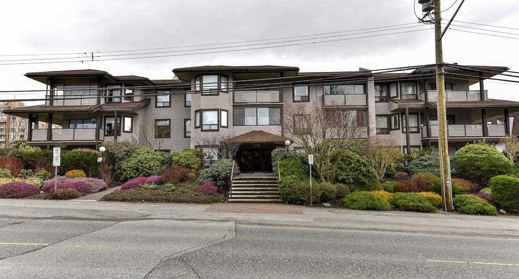 "Main Photo: 204 1460 MARTIN Street: White Rock Condo for sale in ""Capistrano"" (South Surrey White Rock)  : MLS®# R2146095"