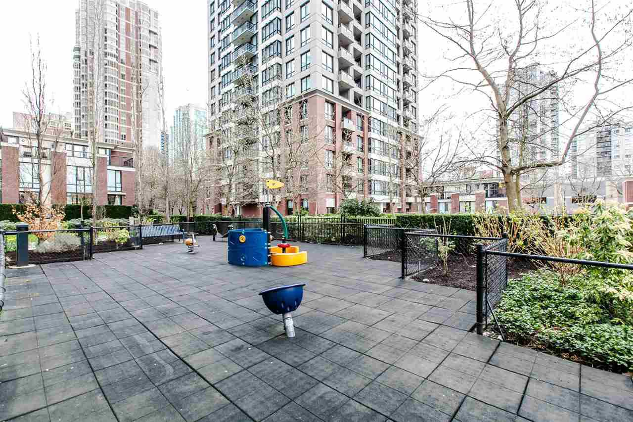 Photo 17: Photos: 707 928 HOMER Street in Vancouver: Yaletown Condo for sale (Vancouver West)  : MLS®# R2146641