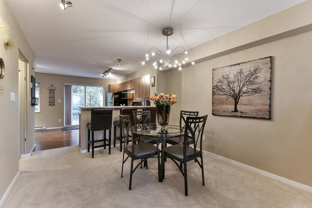 "Photo 4: Photos: 121 15155 62A Avenue in Surrey: Sullivan Station Townhouse for sale in ""OAKLANDS"" : MLS®# R2149726"