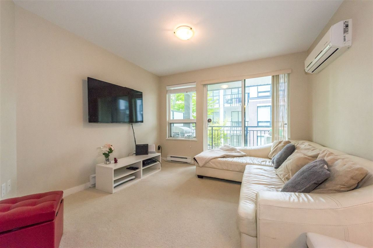 "Photo 3: Photos: 206 9399 TOMICKI Avenue in Richmond: West Cambie Condo for sale in ""CAMBRIDGE PARK"" : MLS®# R2157333"