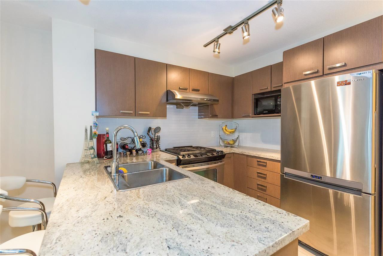 "Photo 5: Photos: 206 9399 TOMICKI Avenue in Richmond: West Cambie Condo for sale in ""CAMBRIDGE PARK"" : MLS®# R2157333"