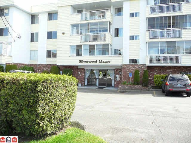 "Main Photo: 309 32070 PEARDONVILLE Road in Abbotsford: Abbotsford West Condo for sale in ""Silverwood Manor"" : MLS®# R2162435"