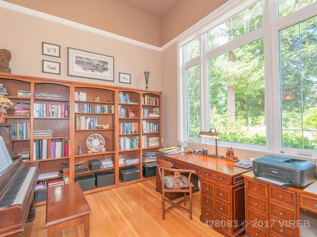 Photo 17: Photos: 7257 HOWARD ROAD in MERVILLE: Z2 Merville Black Creek House for sale (Zone 2 - Comox Valley)  : MLS®# 428083