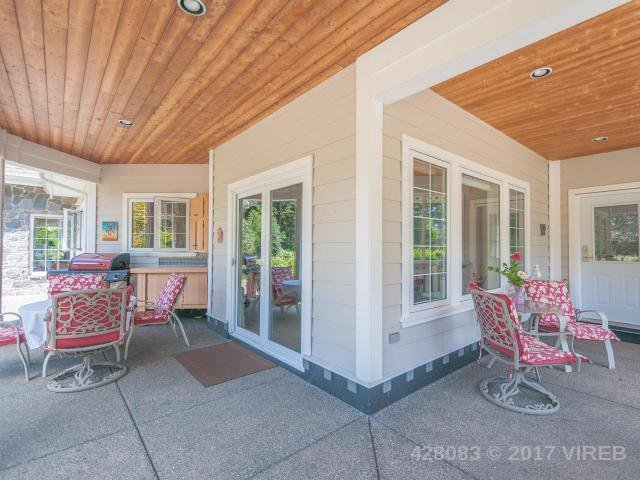 Photo 4: Photos: 7257 HOWARD ROAD in MERVILLE: Z2 Merville Black Creek House for sale (Zone 2 - Comox Valley)  : MLS®# 428083