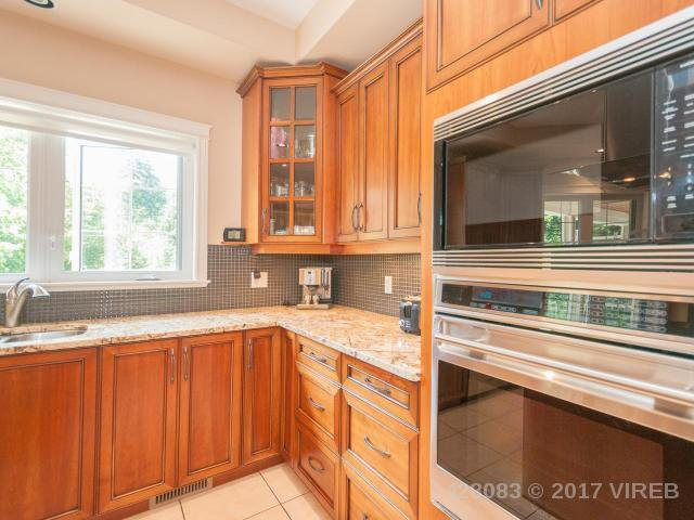 Photo 13: Photos: 7257 HOWARD ROAD in MERVILLE: Z2 Merville Black Creek House for sale (Zone 2 - Comox Valley)  : MLS®# 428083
