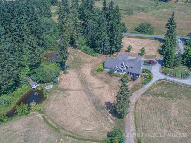 Photo 2: Photos: 7257 HOWARD ROAD in MERVILLE: Z2 Merville Black Creek House for sale (Zone 2 - Comox Valley)  : MLS®# 428083