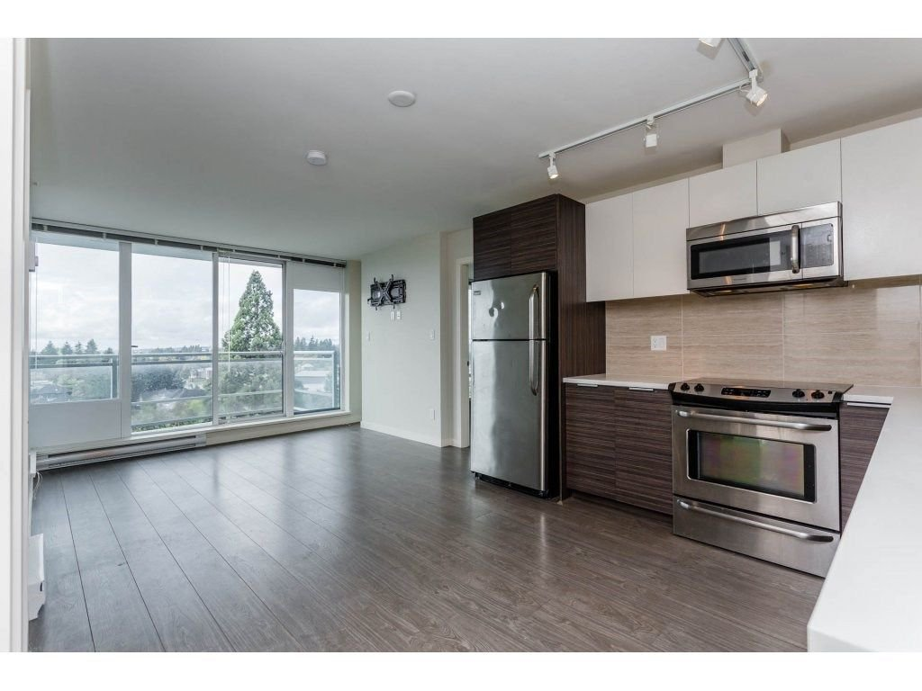 "Main Photo: 1109 13303 103A Avenue in Surrey: Whalley Condo for sale in ""WAVE"" (North Surrey)  : MLS®# R2213292"
