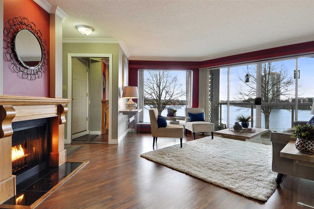 Main Photo: 211 31 RELIANCE Court in New Westminster: Quay Condo for sale : MLS®# R2257641