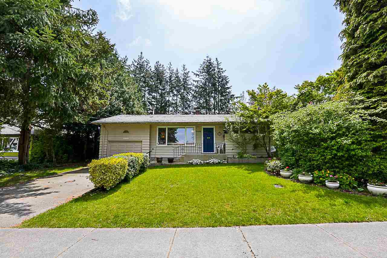 Main Photo: 15440 18 Avenue in Surrey: King George Corridor House for sale (South Surrey White Rock)  : MLS®# R2317693