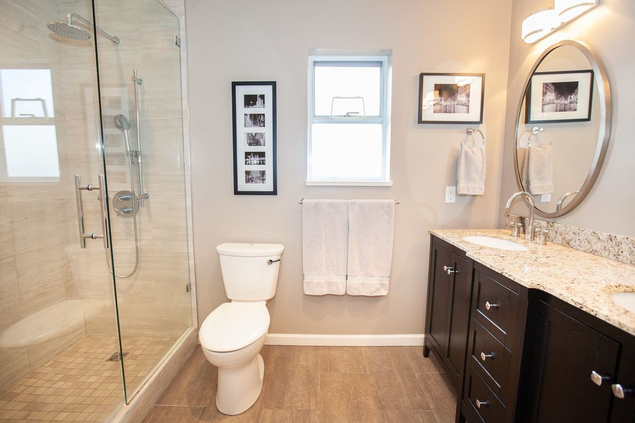 Photo 12: Photos: 6305 48A Avenue in Delta: Holly House for sale (Ladner)  : MLS®# R2333976