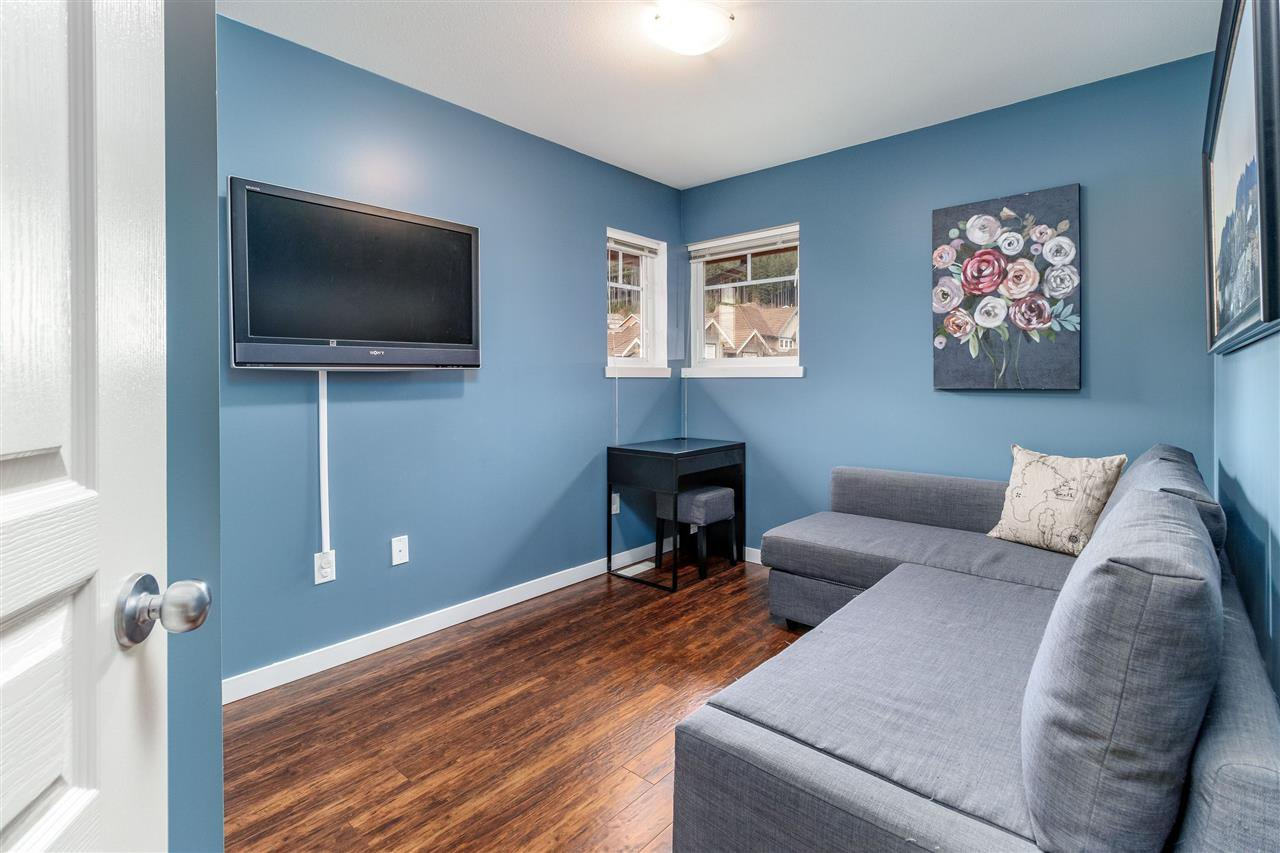 """Photo 13: Photos: 148 2000 PANORAMA Drive in Port Moody: Heritage Woods PM Townhouse for sale in """"MOUNTAINS EDGE"""" : MLS®# R2354623"""