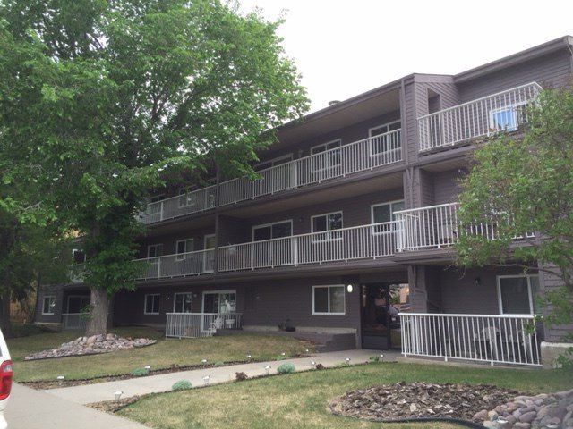 Main Photo: 205 10111 160 Street in Edmonton: Zone 21 Condo for sale : MLS®# E4159556