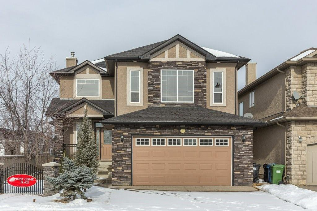 Main Photo: 2 WEST CEDAR Place SW in Calgary: West Springs Detached for sale : MLS®# C4286734
