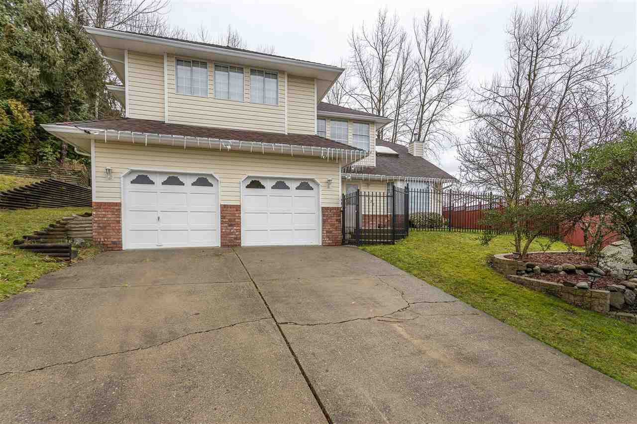 Main Photo: 30922 SANDPIPER Place in Abbotsford: Abbotsford West House for sale : MLS®# R2528653
