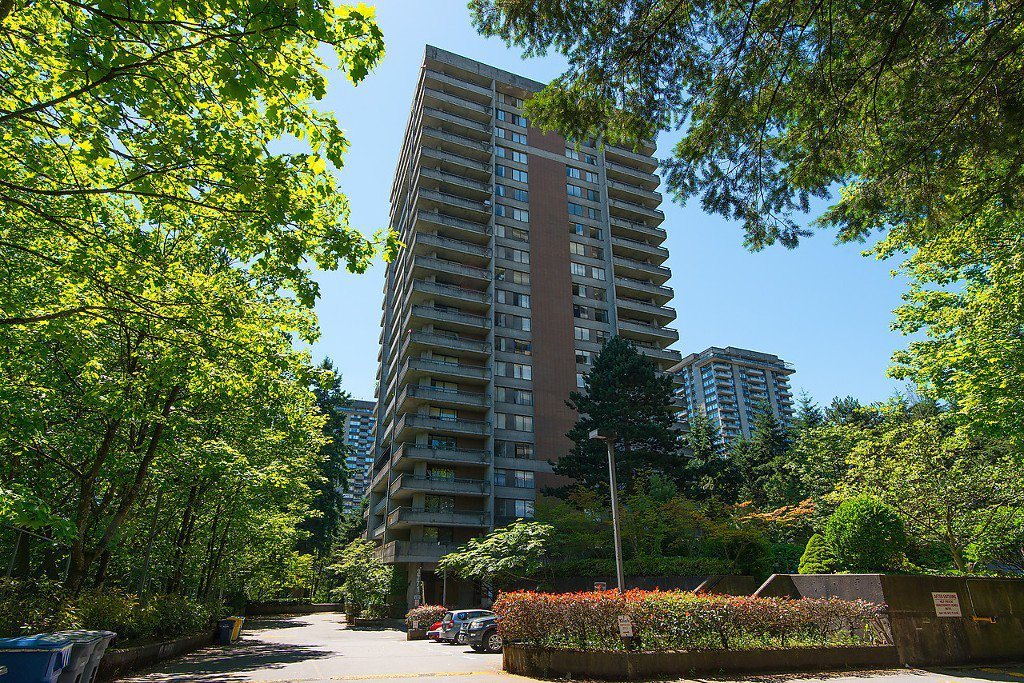 Main Photo: 1802 3771 BARTLETT Court in Burnaby: Sullivan Heights Condo for sale (Burnaby North)  : MLS®# V1094582
