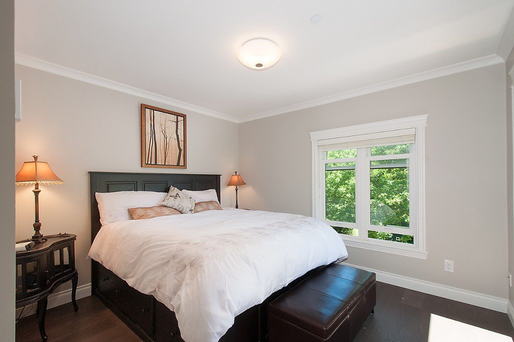 Photo 11: Photos: 2727 CYPRESS Street in Vancouver: Kitsilano House 1/2 Duplex for sale (Vancouver West)  : MLS®# V1128521