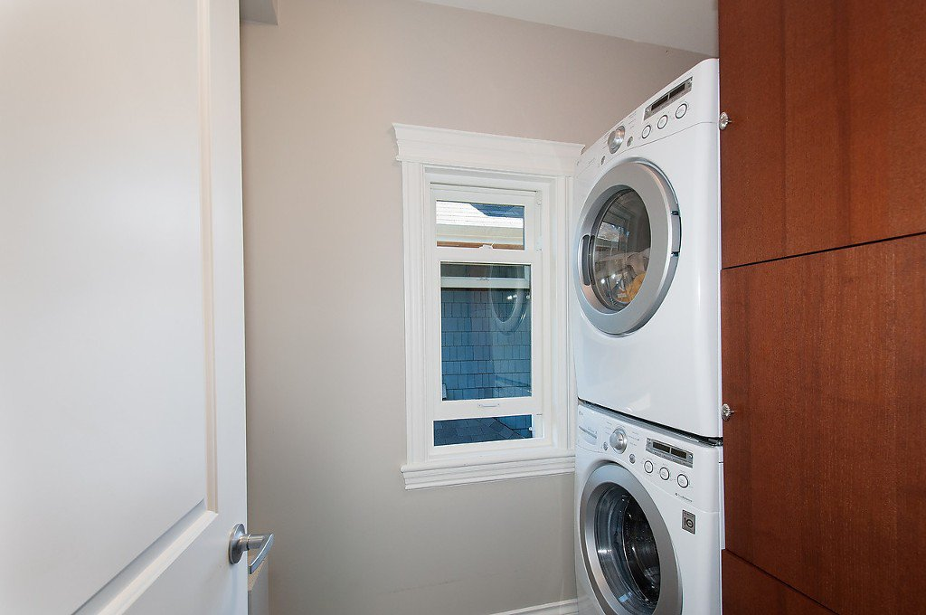 Photo 17: Photos: 2727 CYPRESS Street in Vancouver: Kitsilano House 1/2 Duplex for sale (Vancouver West)  : MLS®# V1128521