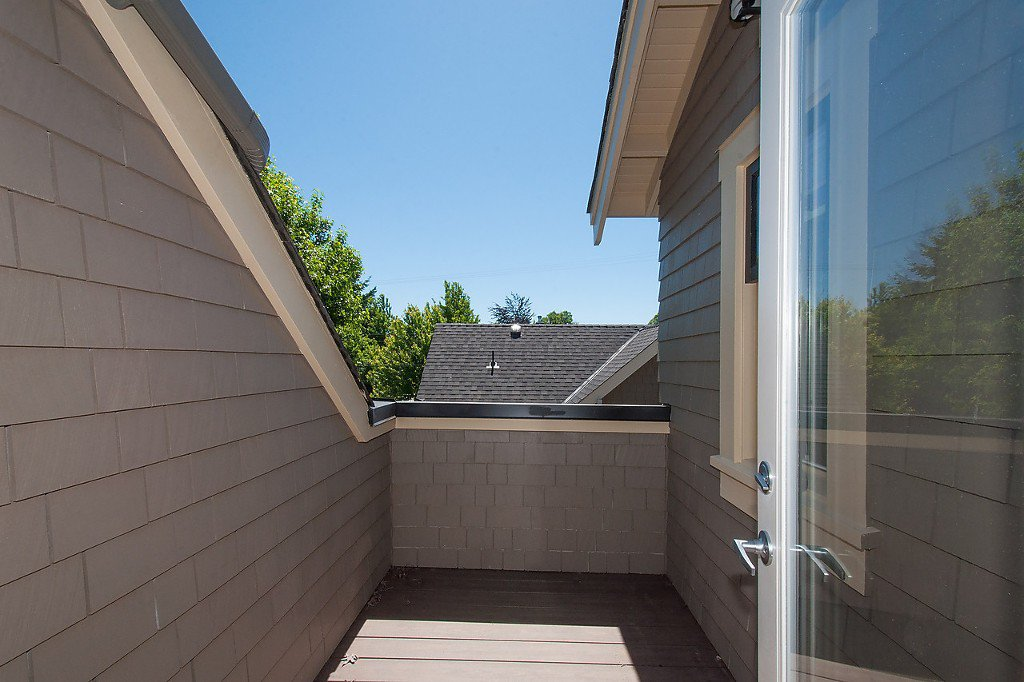 Photo 12: Photos: 2727 CYPRESS Street in Vancouver: Kitsilano House 1/2 Duplex for sale (Vancouver West)  : MLS®# V1128521