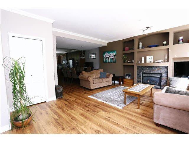 "Photo 5: Photos: 56 11720 COTTONWOOD Drive in Maple Ridge: Cottonwood MR Townhouse for sale in ""COTTONWOOD GREEN"" : MLS®# V1138671"