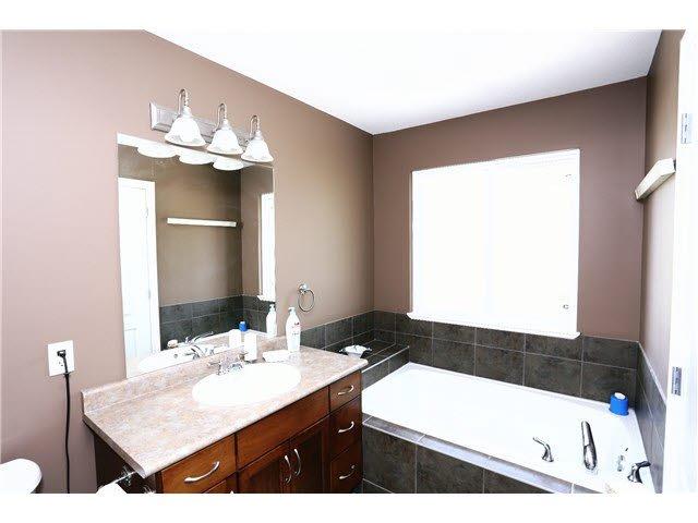"Photo 9: Photos: 56 11720 COTTONWOOD Drive in Maple Ridge: Cottonwood MR Townhouse for sale in ""COTTONWOOD GREEN"" : MLS®# V1138671"