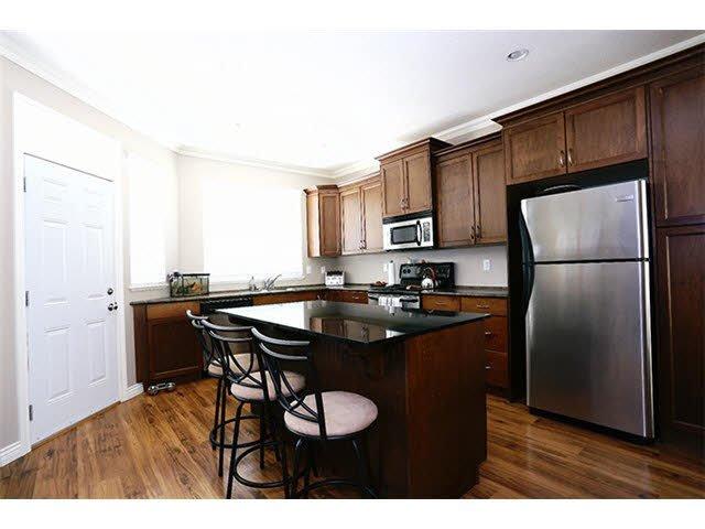 "Photo 2: Photos: 56 11720 COTTONWOOD Drive in Maple Ridge: Cottonwood MR Townhouse for sale in ""COTTONWOOD GREEN"" : MLS®# V1138671"