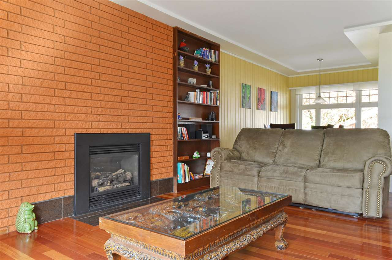 Photo 3: Photos: 1508 MILFORD Avenue in Coquitlam: Central Coquitlam House for sale : MLS®# R2050796