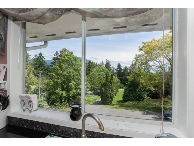 Photo 10: Photos: 34694 DEWDNEY TRUNK Road in Mission: Hatzic House for sale : MLS®# R2073735