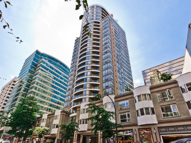 "Main Photo: 505 1166 MELVILLE Street in Vancouver: Coal Harbour Condo for sale in ""ORCA PLACE"" (Vancouver West)  : MLS®# R2079632"