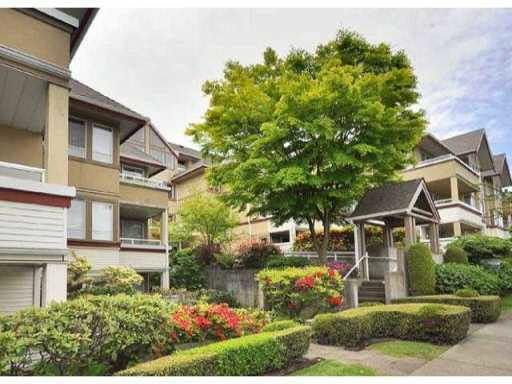Main Photo: 207 1876 W 6TH AVENUE in : Kitsilano Condo for sale : MLS®# V862157