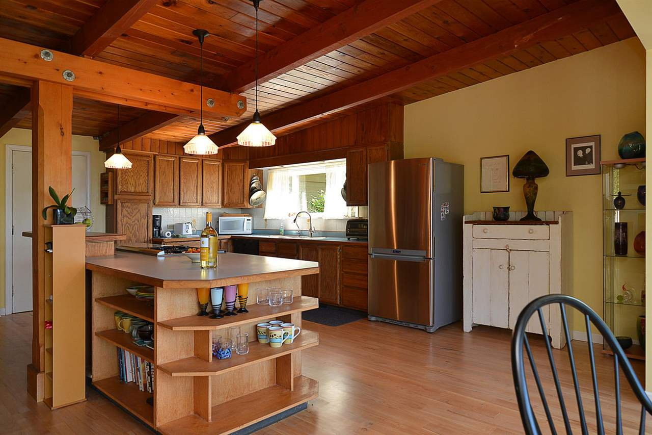 Photo 7: Photos: 1881 GRANDVIEW Road in Gibsons: Gibsons & Area House for sale (Sunshine Coast)  : MLS®# R2101665