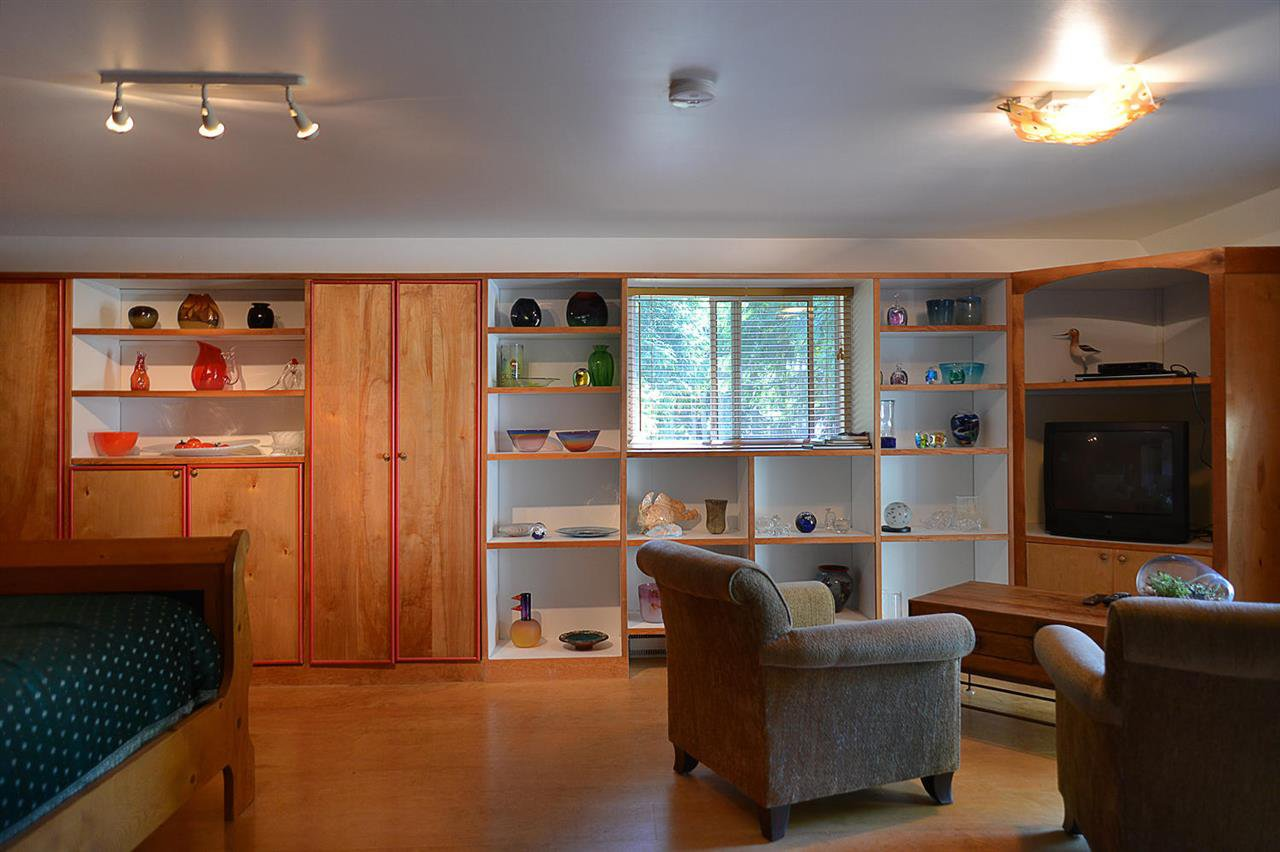 Photo 11: Photos: 1881 GRANDVIEW Road in Gibsons: Gibsons & Area House for sale (Sunshine Coast)  : MLS®# R2101665