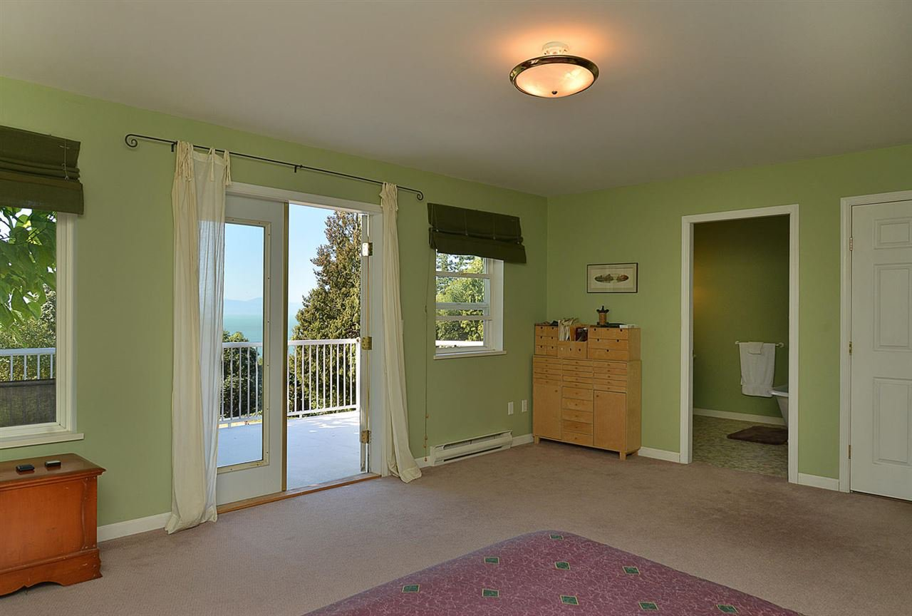 Photo 15: Photos: 1881 GRANDVIEW Road in Gibsons: Gibsons & Area House for sale (Sunshine Coast)  : MLS®# R2101665