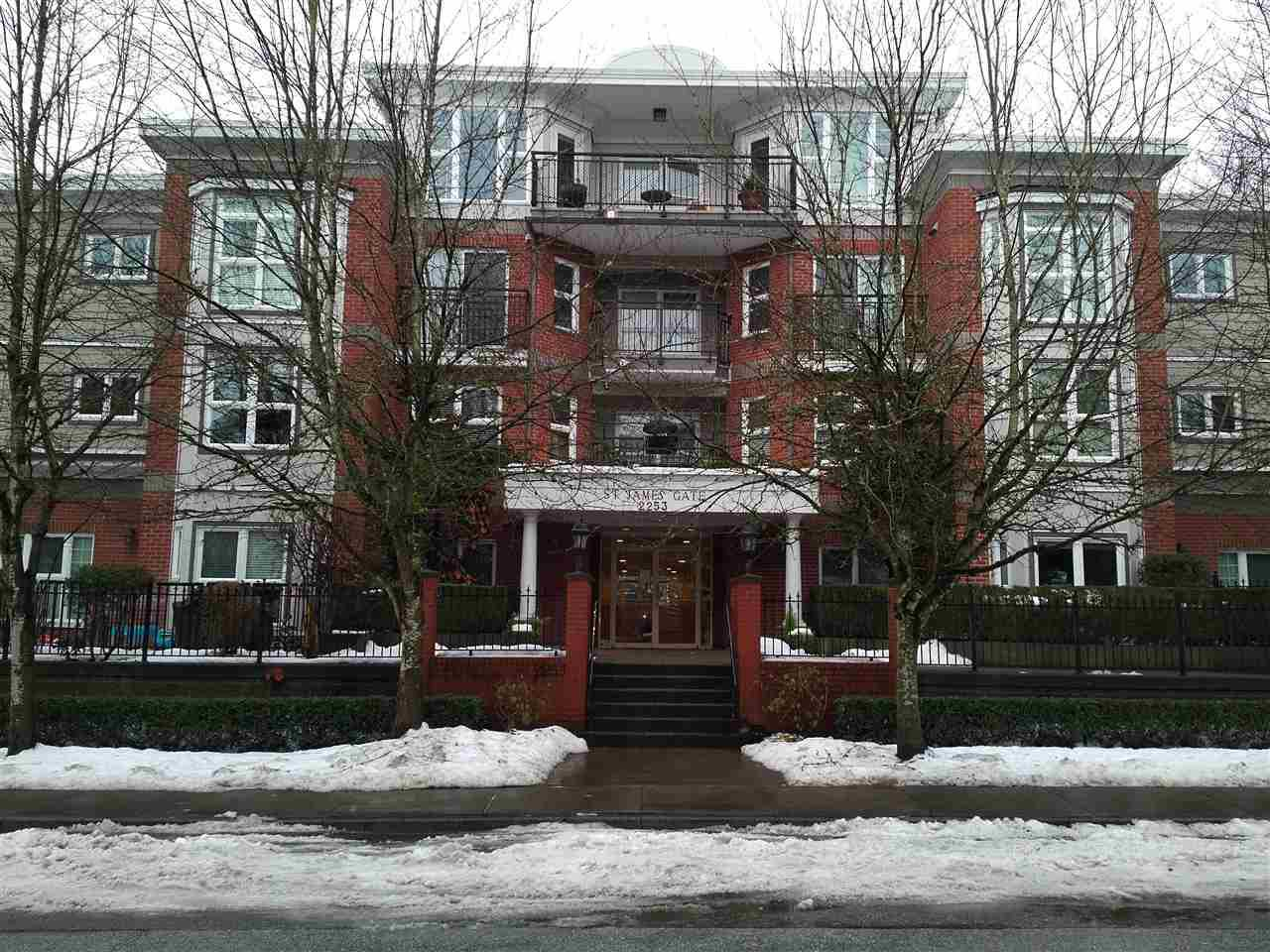 """Photo 2: Photos: 105 2253 WELCHER Avenue in Port Coquitlam: Central Pt Coquitlam Condo for sale in """"St James Gate"""" : MLS®# R2127970"""