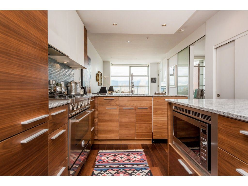 """Main Photo: 403 4375 W 10TH Avenue in Vancouver: Point Grey Condo for sale in """"VARSITY"""" (Vancouver West)  : MLS®# R2140369"""
