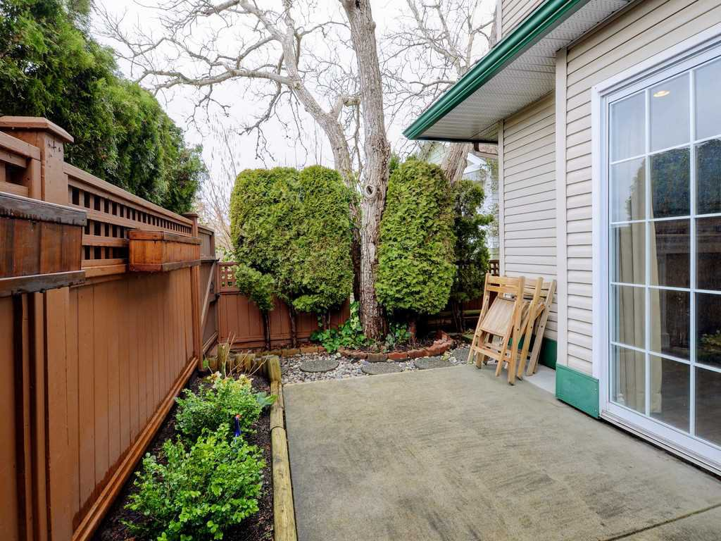 """Photo 17: Photos: 7 5053 47 Avenue in Delta: Ladner Elementary Townhouse for sale in """"PARKSIDE PLACE"""" (Ladner)  : MLS®# R2146280"""