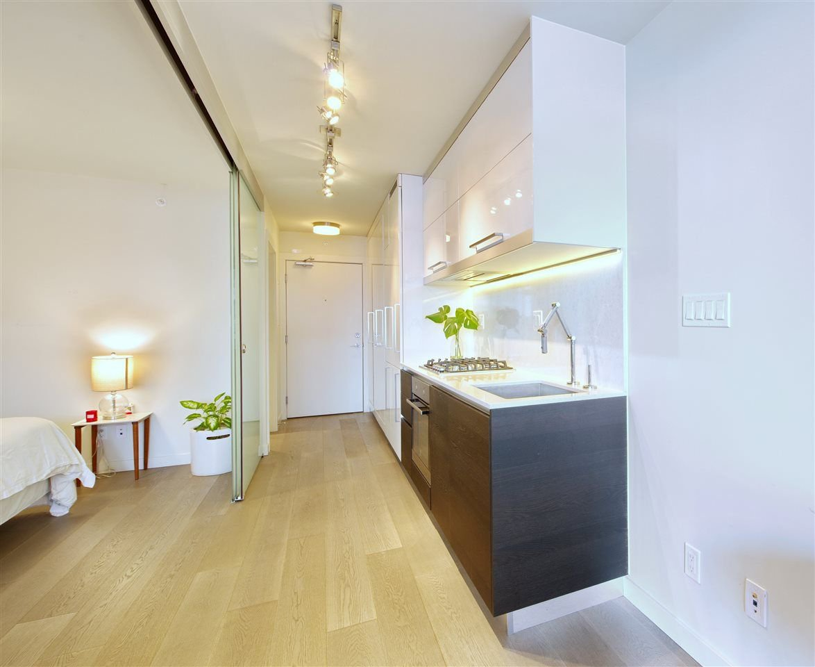 """Photo 3: Photos: 502 189 KEEFER Street in Vancouver: Downtown VE Condo for sale in """"KEEFER BLOCK"""" (Vancouver East)  : MLS®# R2282146"""