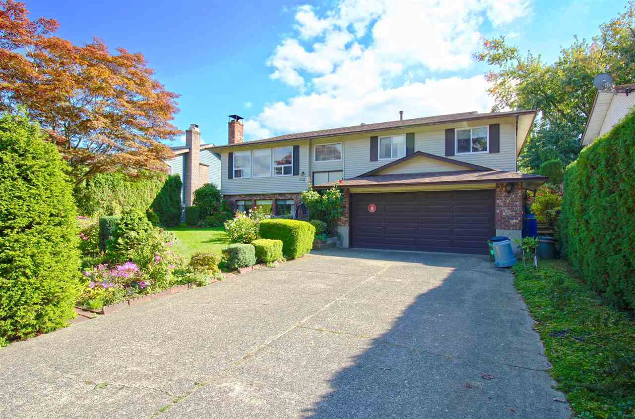 Main Photo: 3722 HARWOOD Crescent in Abbotsford: Central Abbotsford House for sale : MLS®# R2309116