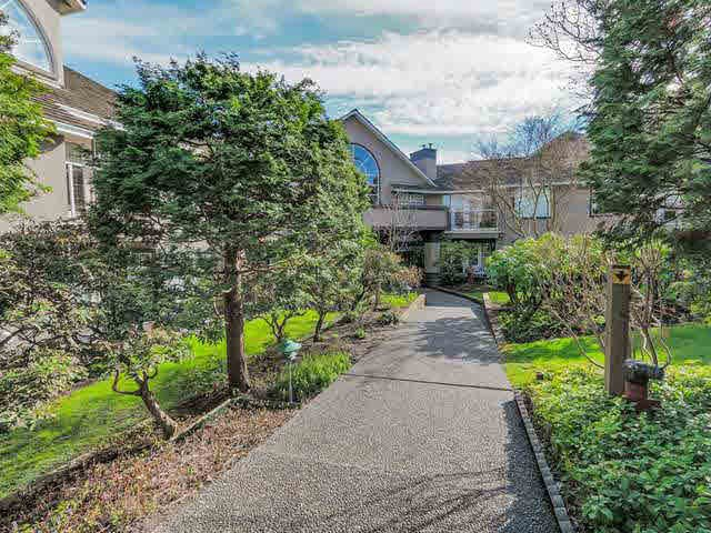 Main Photo: 103 74 MINER Street in New Westminster: Fraserview NW Condo for sale : MLS®# R2332431