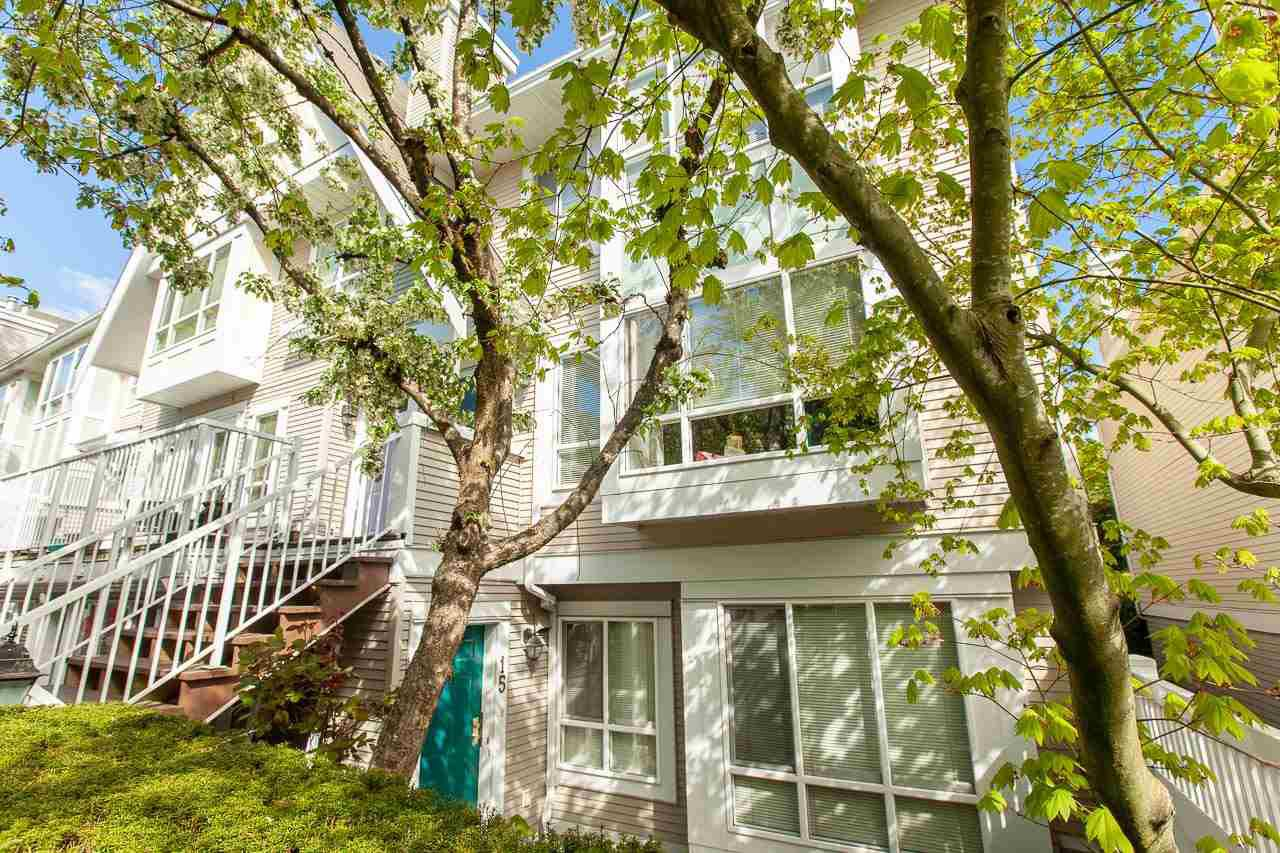 """Photo 15: Photos: 15 6588 SOUTHOAKS Crescent in Burnaby: Highgate Condo for sale in """"TUDOR GROVE"""" (Burnaby South)  : MLS®# R2364864"""