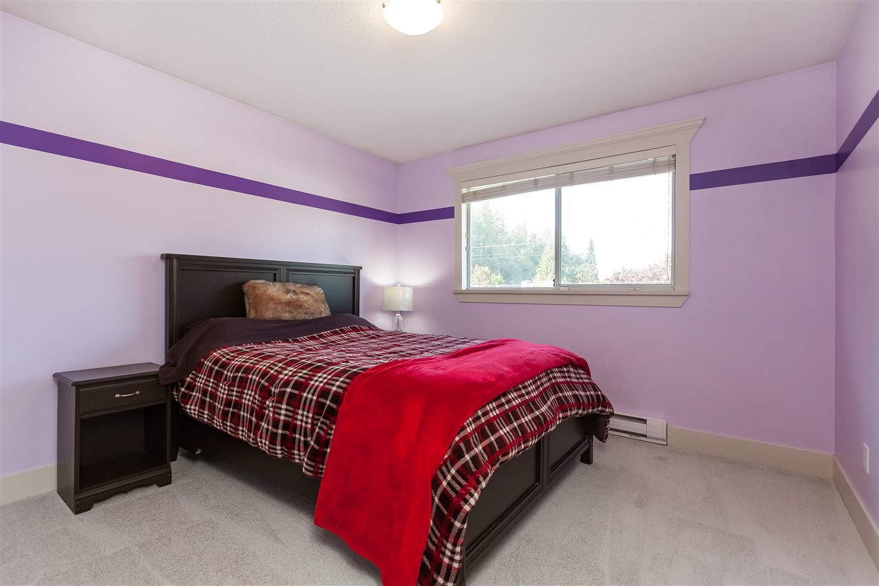 Photo 14: Photos: 33328 LYNN Avenue in Abbotsford: Central Abbotsford House for sale : MLS®# R2365885