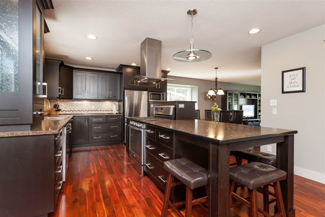 Photo 6: Photos: 33328 LYNN Avenue in Abbotsford: Central Abbotsford House for sale : MLS®# R2365885