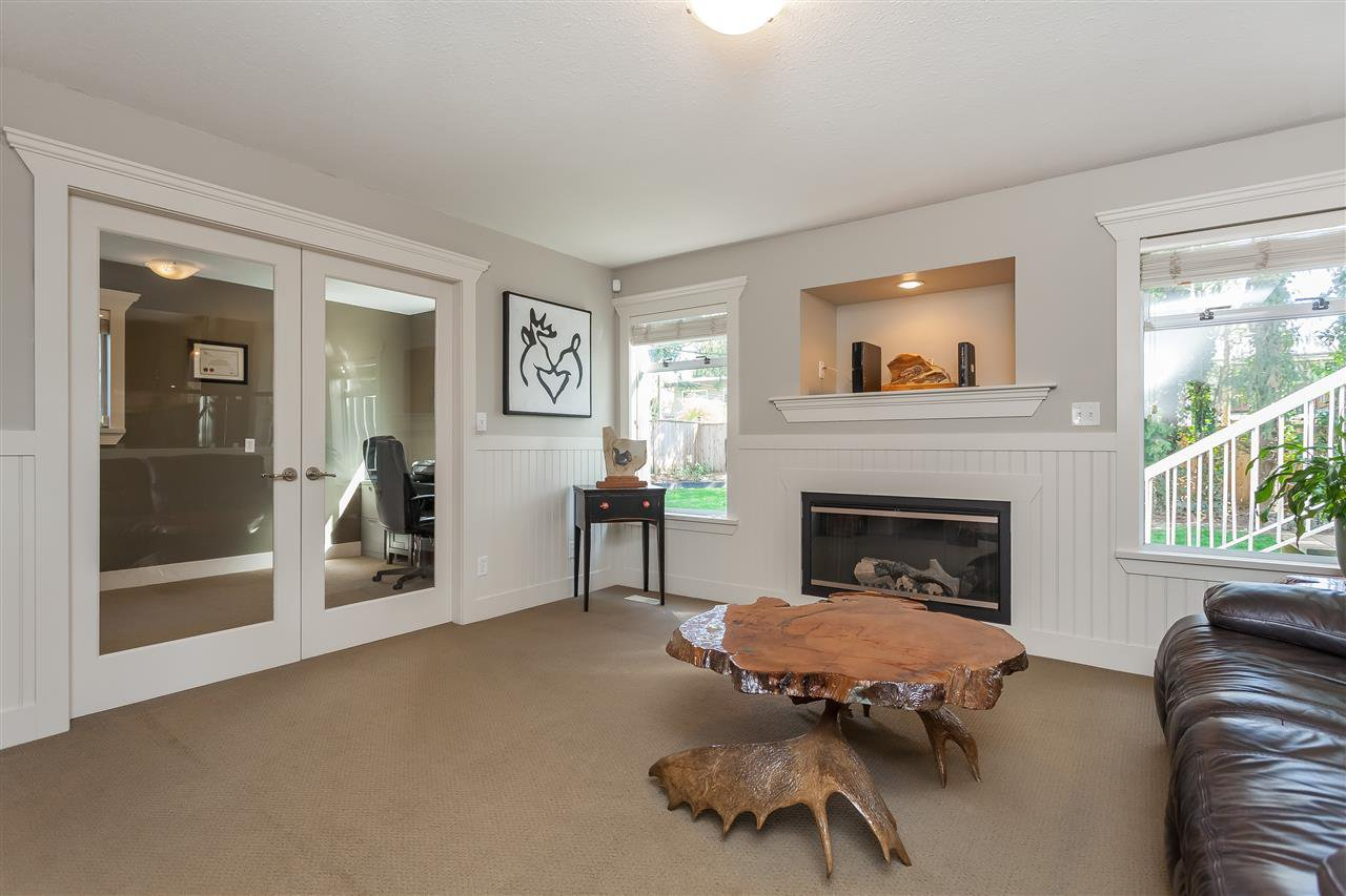 Photo 10: Photos: 33328 LYNN Avenue in Abbotsford: Central Abbotsford House for sale : MLS®# R2365885