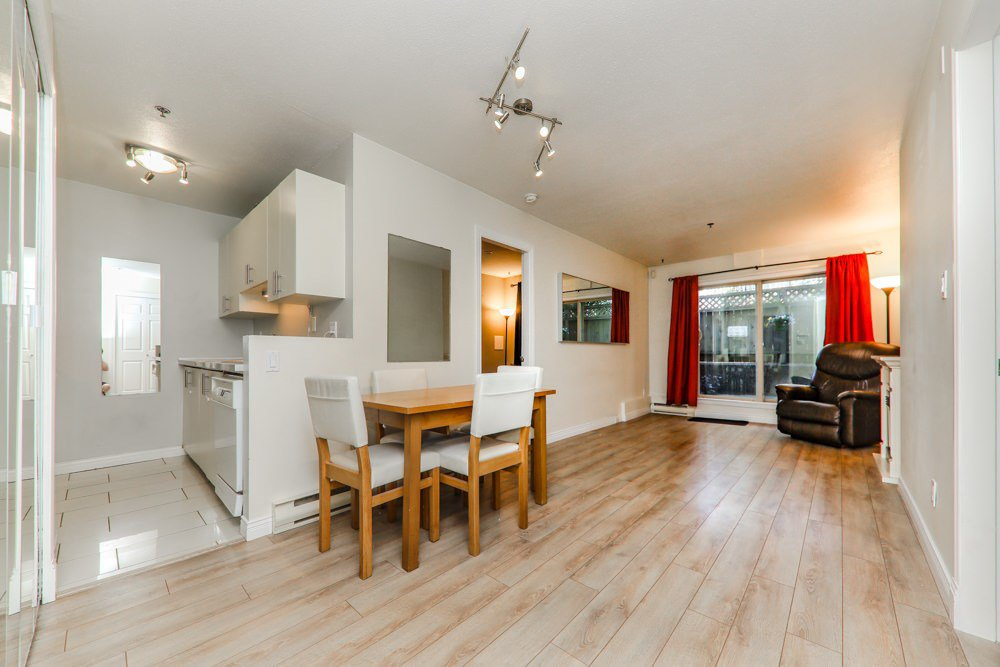 "Photo 3: Photos: 103 1516 E 1ST Avenue in Vancouver: Grandview Woodland Condo for sale in ""WOODLAND VILLA"" (Vancouver East)  : MLS®# R2370531"