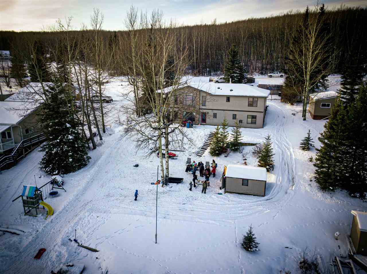 Photo 16: Photos: 13759 GOLF COURSE Road: Charlie Lake Manufactured Home for sale (Fort St. John (Zone 60))  : MLS®# R2453494