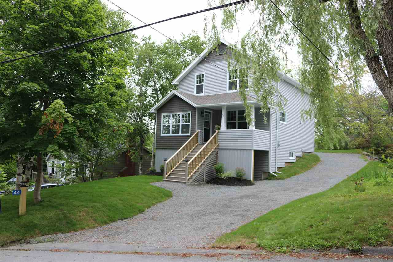 Main Photo: 44 Forest Hill Drive in Halifax: 5-Fairmount, Clayton Park, Rockingham Residential for sale (Halifax-Dartmouth)  : MLS®# 202010975